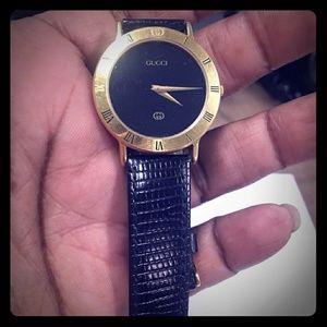 Gucci Vintage black watch